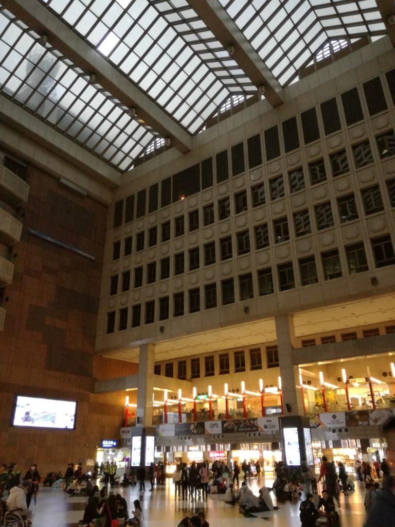 台北車庫駅