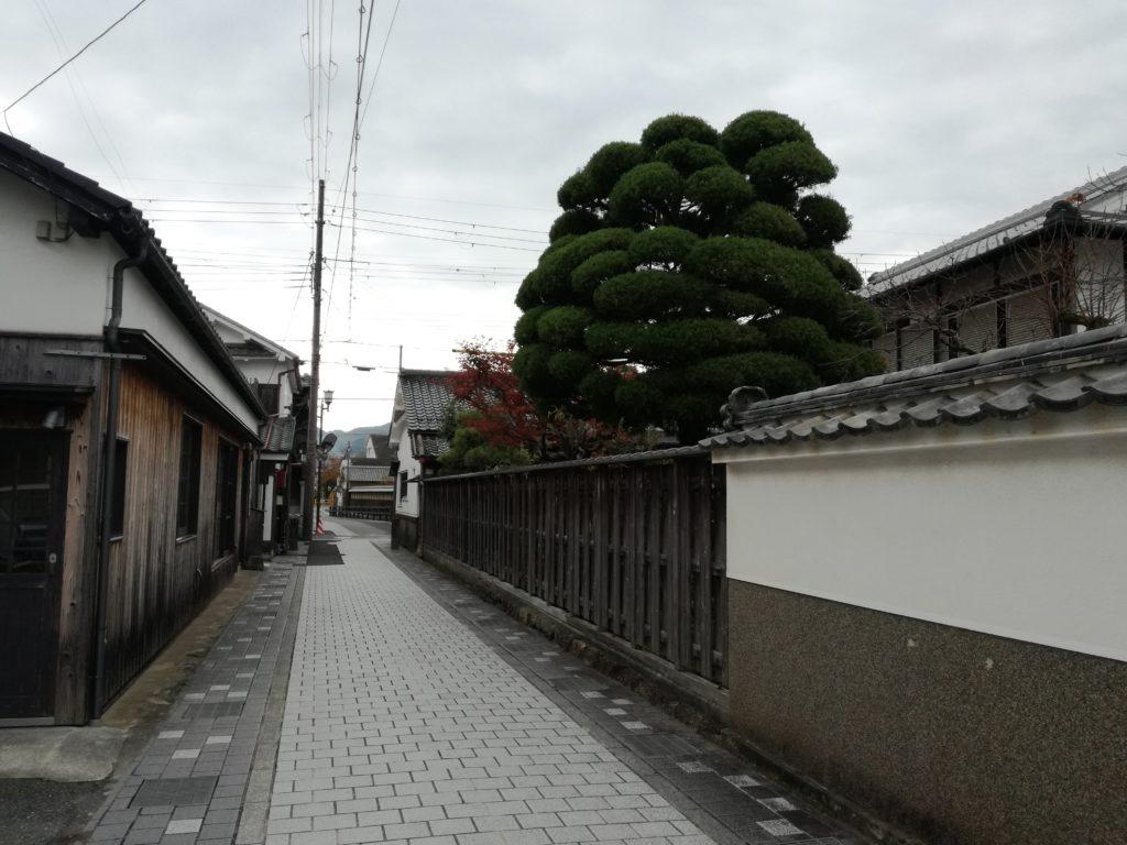 篠山城下町の町並み YAMAJINO前