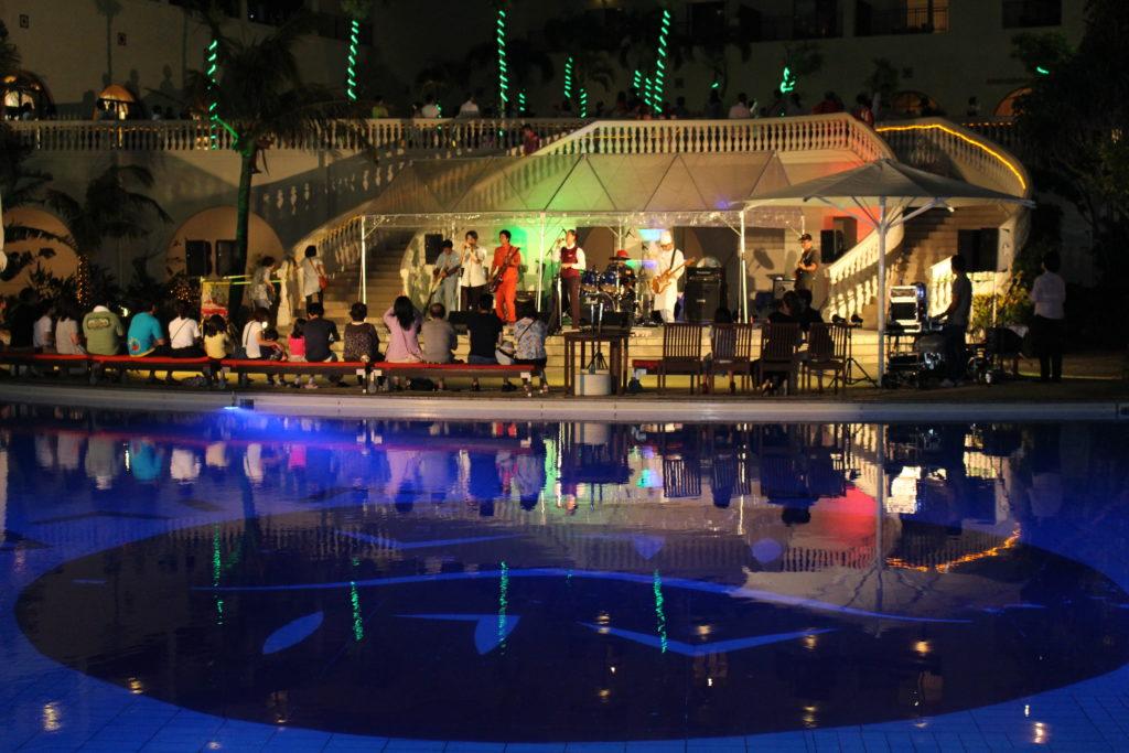 アリビラ プールサイドでの音楽イベント