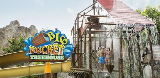 Adventure-Cove-Waterpark-Big-Bucket