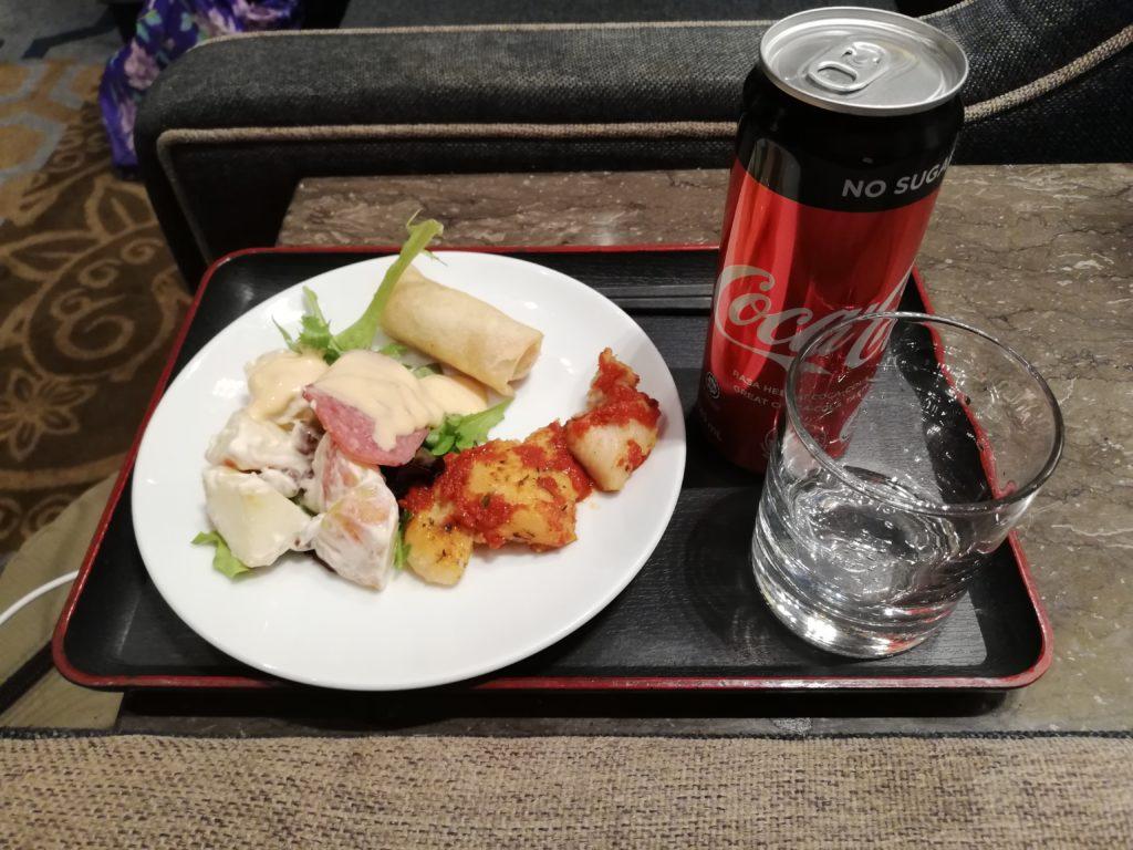 コーラと食事