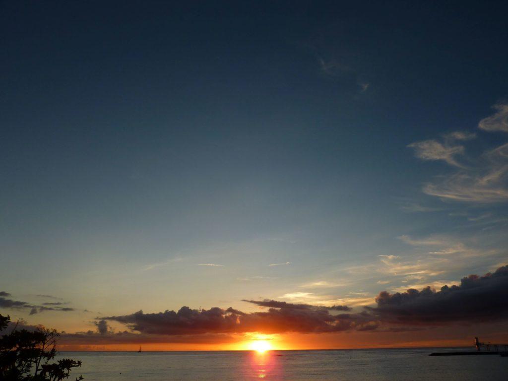 ザ・テラスクラブ アット ブセナ プライベートビーチの夕焼け