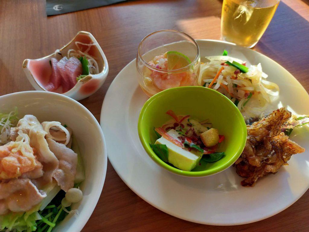 リザンシーパークホテル谷茶ベイ「シーサイドレストラン」の夕食