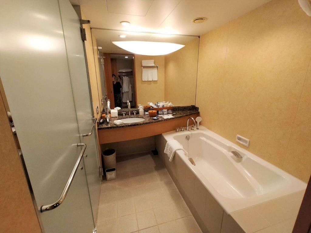 横浜ベイホテル東急の部屋の様子(バスルーム)