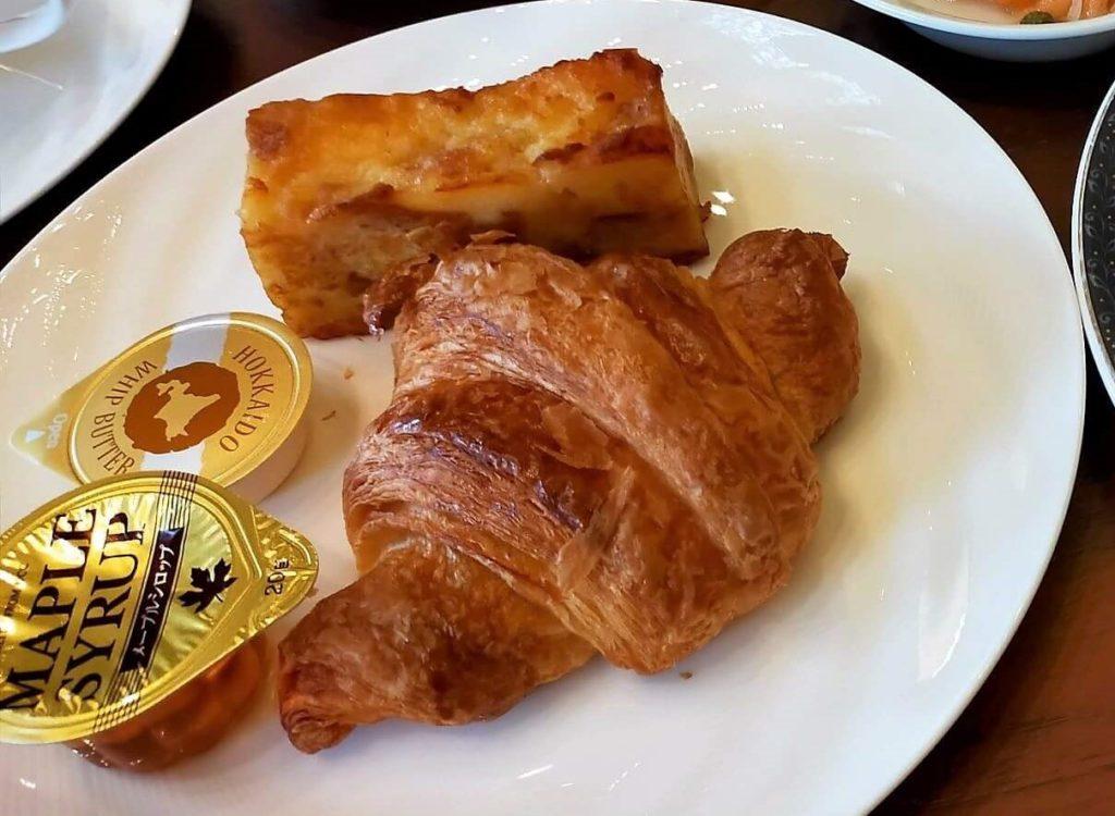横浜ベイシェラトンホテル&タワーズの朝食「シーウィンド」のパンプディング