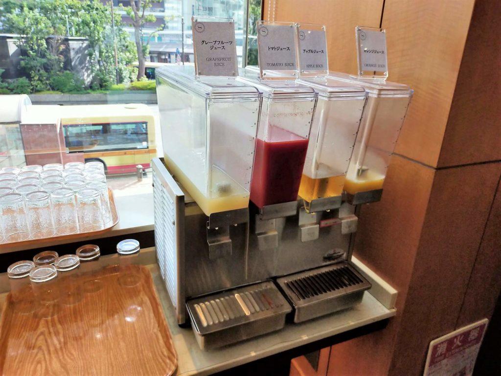 横浜ベイシェラトンホテル&タワーズの朝食「シーウィンド」ドリンクコーナー