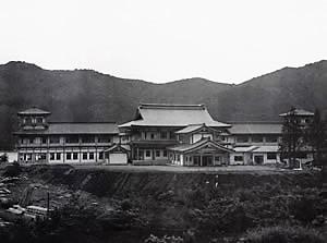 箱根日帰り温泉|龍宮殿本館の東寺の写真