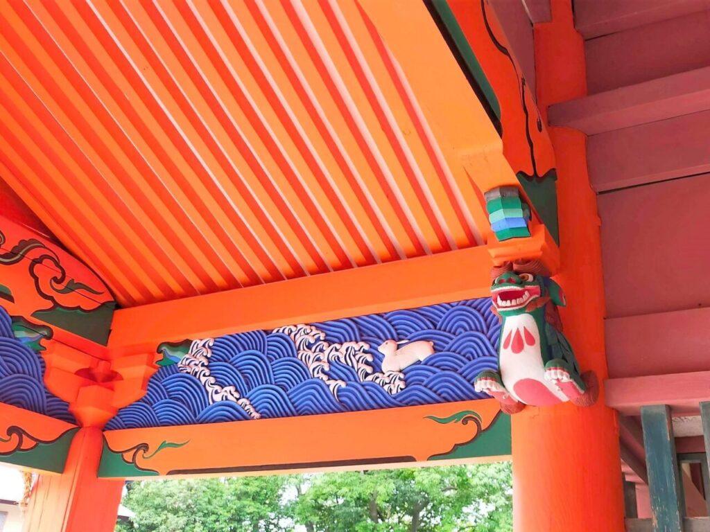 道後温泉の高台にある伊佐爾波神社の狛犬