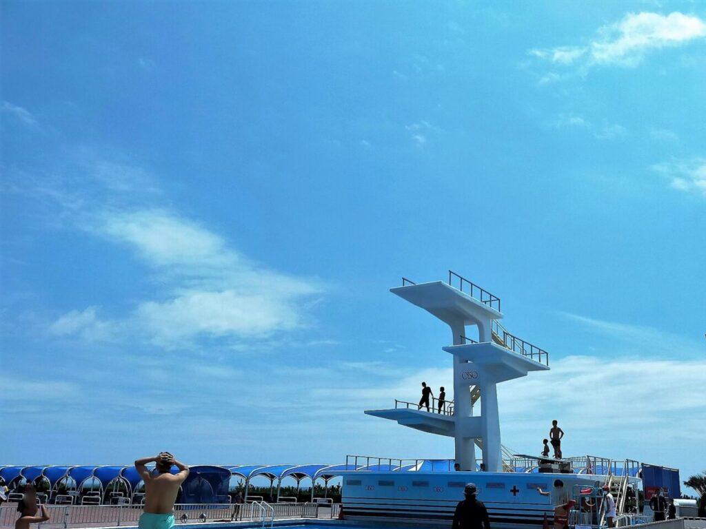 大磯ロングビーチのダイビングプール